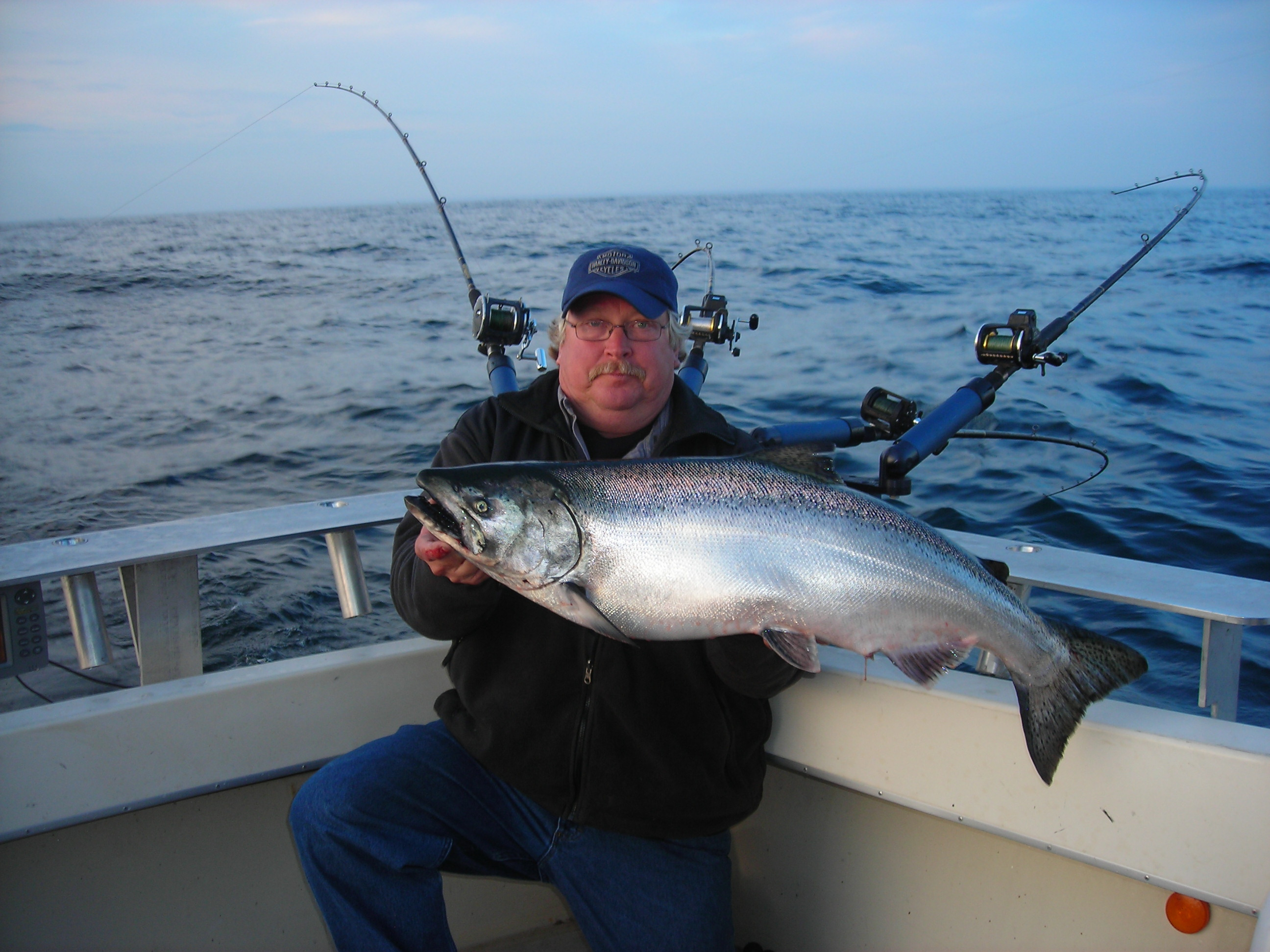 Why knot charters lake michigan salmon fishing algoma wi for Algoma fishing charters
